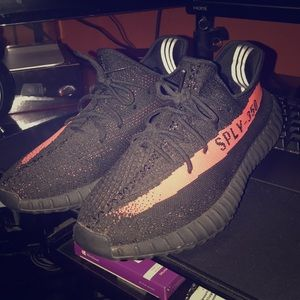 Yeezy 350 boost (core red) v2
